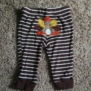 Brown and white striped Turkey leggings